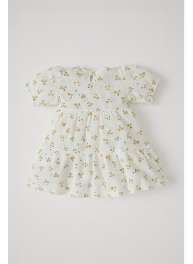 DeFacto Kız Bebek Çiçek Desenli Kısa Kol Dokulu Elbise Ekru